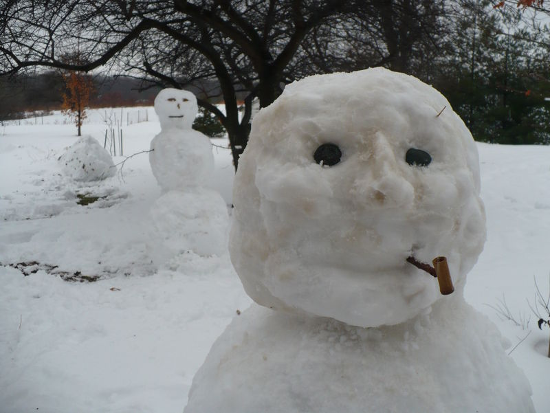 Snow play 3