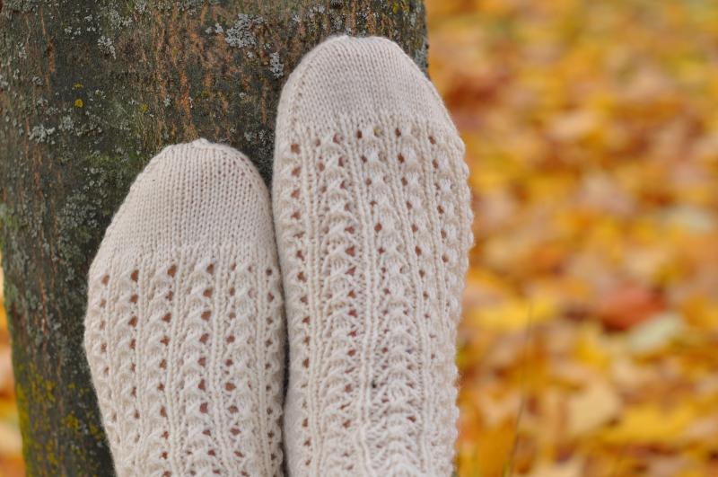 Lacy rib socks 2
