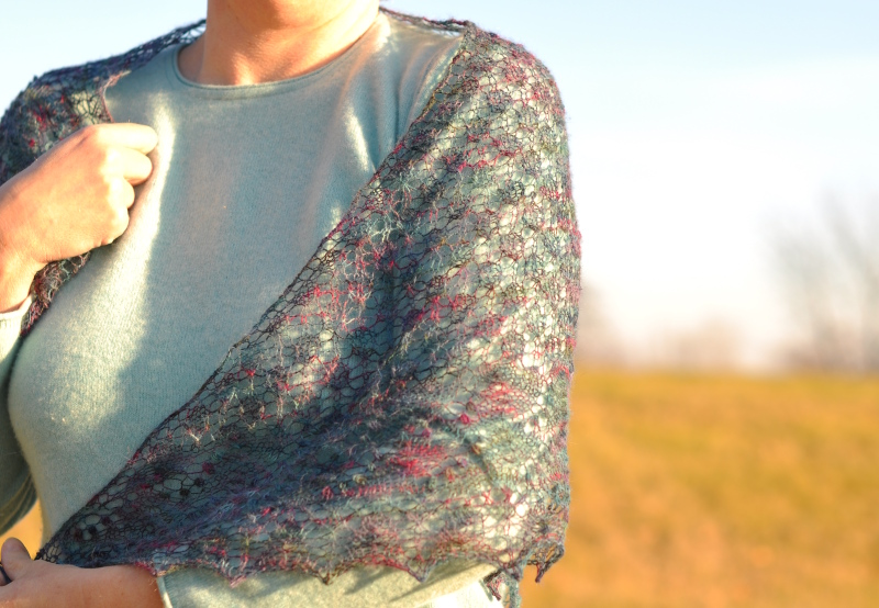 Swallow tail shawl 2