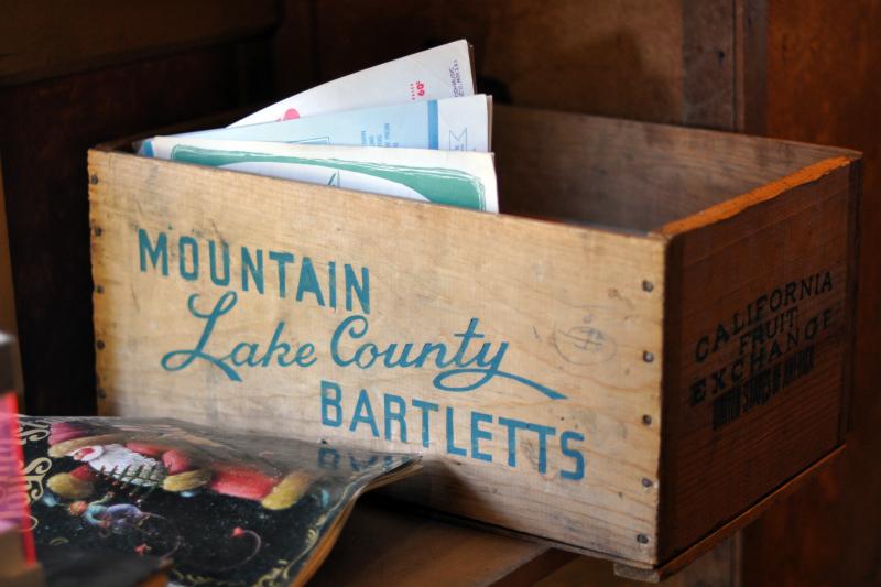 Liberty wood crate