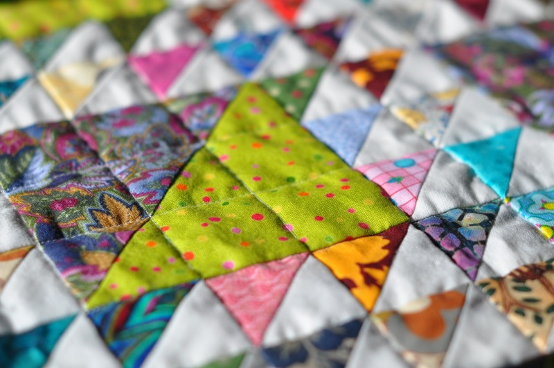 On the Grid - Lynn Carson Harris : quilt in the ditch - Adamdwight.com