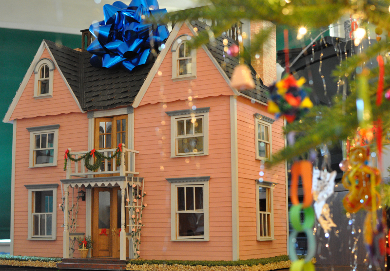 Ho ho Merry Christmas house