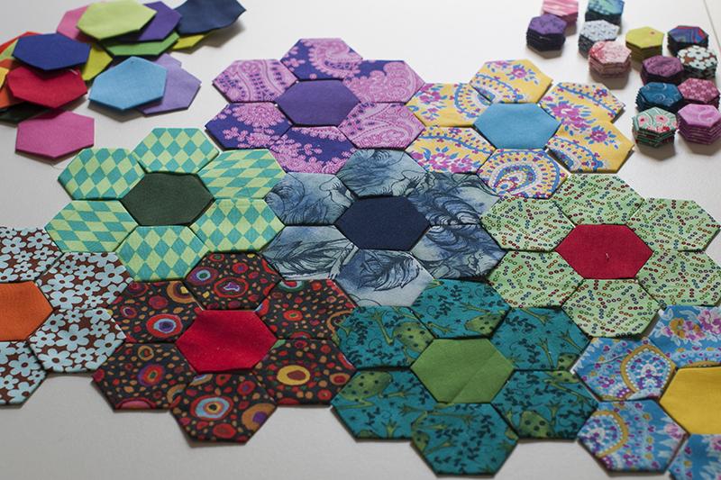 Lynn Carson Harris: Needle and Thread : hand sewing quilts - Adamdwight.com