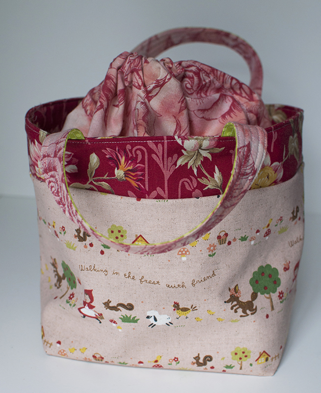 drawstring lunch bag lynn carson harris. Black Bedroom Furniture Sets. Home Design Ideas