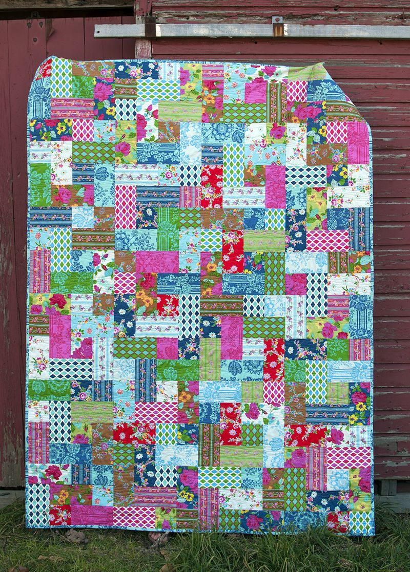 Happy Land quilt finished