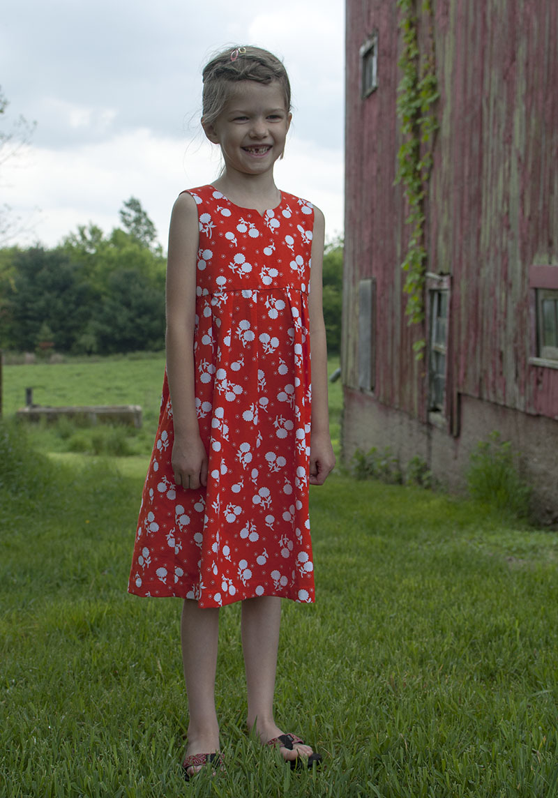 Geranium dress - happy girl
