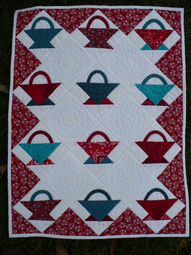 Red_and_aqua_basket_quilt