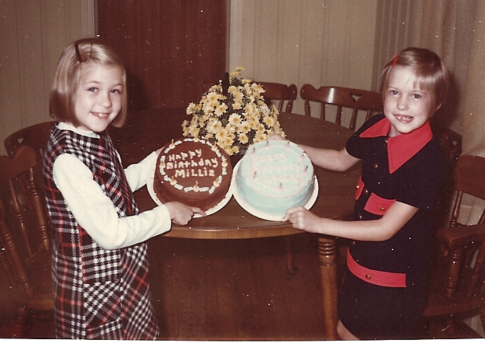Millie_and_lynn_with_birthday_cakes