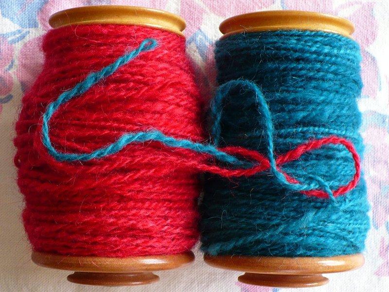 Red_and_aqua_yarn