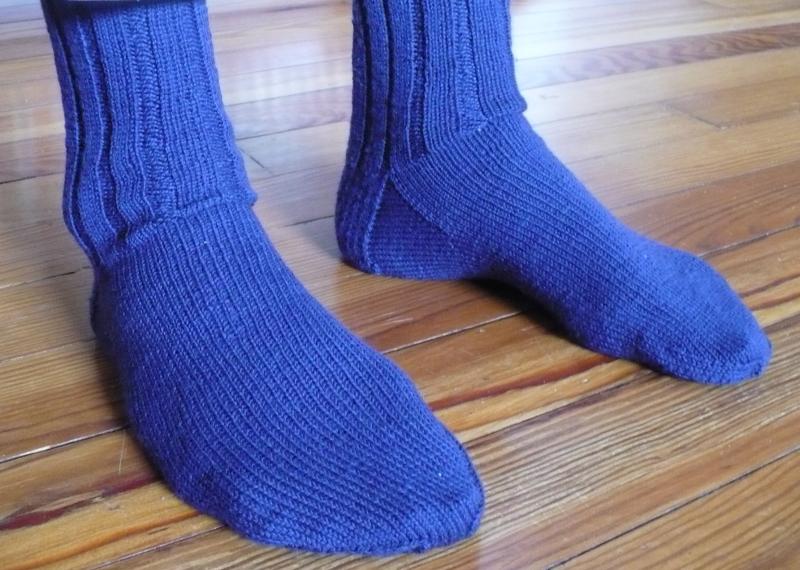 Blue_crew_socks